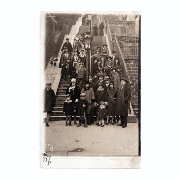 Escaliers de Montmartre François Gabriel Circa 1920 Souviens Toi De Paris vue 0 Photo vintage Paris