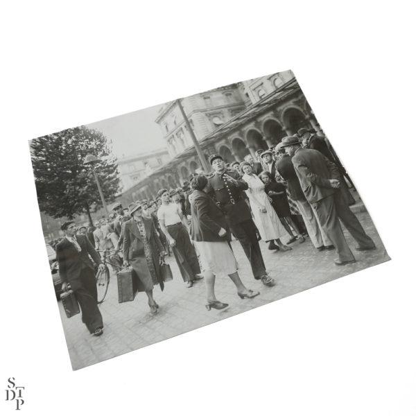 Photographie ancienne Paris Mobilisation et arrestation à la Gare de l'Est 1938 Souviens Toi De Paris vintage souvenir vue 1