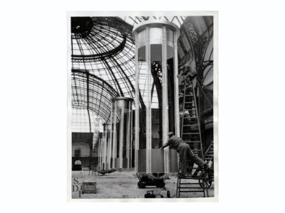 Photo installation lumineuse au Grand Palais 1956 Souviens Toi De Paris vintage photography vue 0